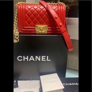 Chanel 15A LIKE NEW Red Lambskin Small Boy Bag GHW